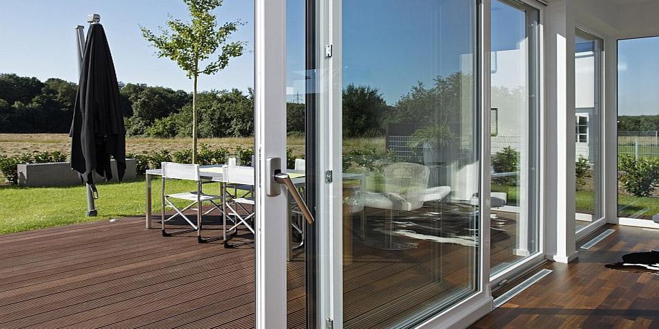 Металлопластиковые двери – практичное решение для дверных проемов